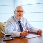 WMS expert van den Elsen